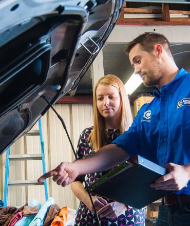 Impress Your Customers: Employ a Vehicle Service for his or her Visit